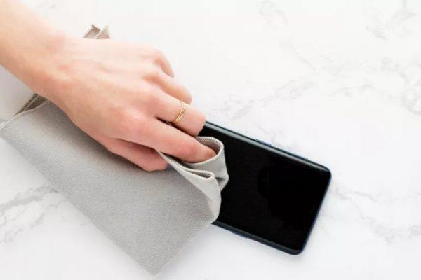 cep telefonu nasıl temizlenir